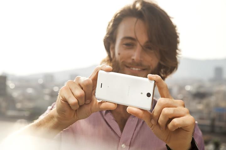 Sony Xperia V a ukázka nové fotoaplikace [video]