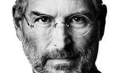 Je tomu rok, co zemřel Steve Jobs.