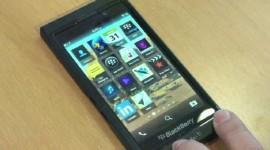 BlackBerry 10 na 10minutovém videu