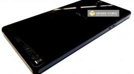 Sony C6603 Yuga na fotografiích