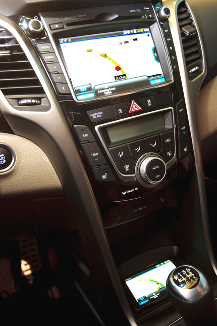 Nové vozy Hyundai si jednoduše otevřete telefonem díky NFC