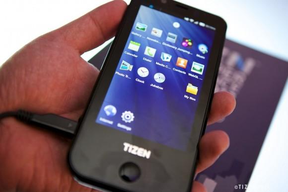Mobil se systémem Tizen míří k operátorům
