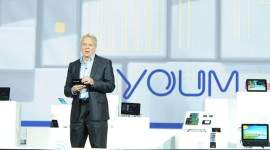 Samsung Youm a Green LCD + prototyp mobilu na videu