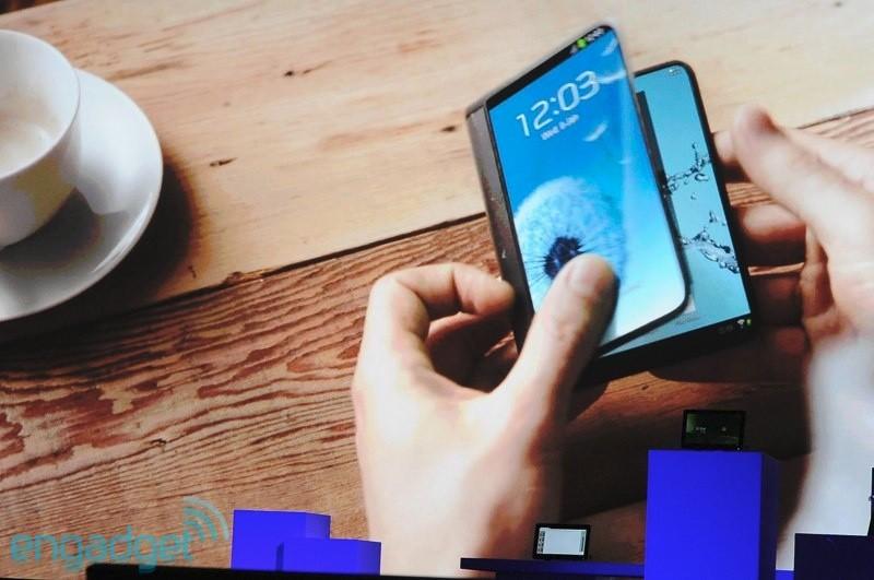 Apple si chce patentovat flexibilní smartphone