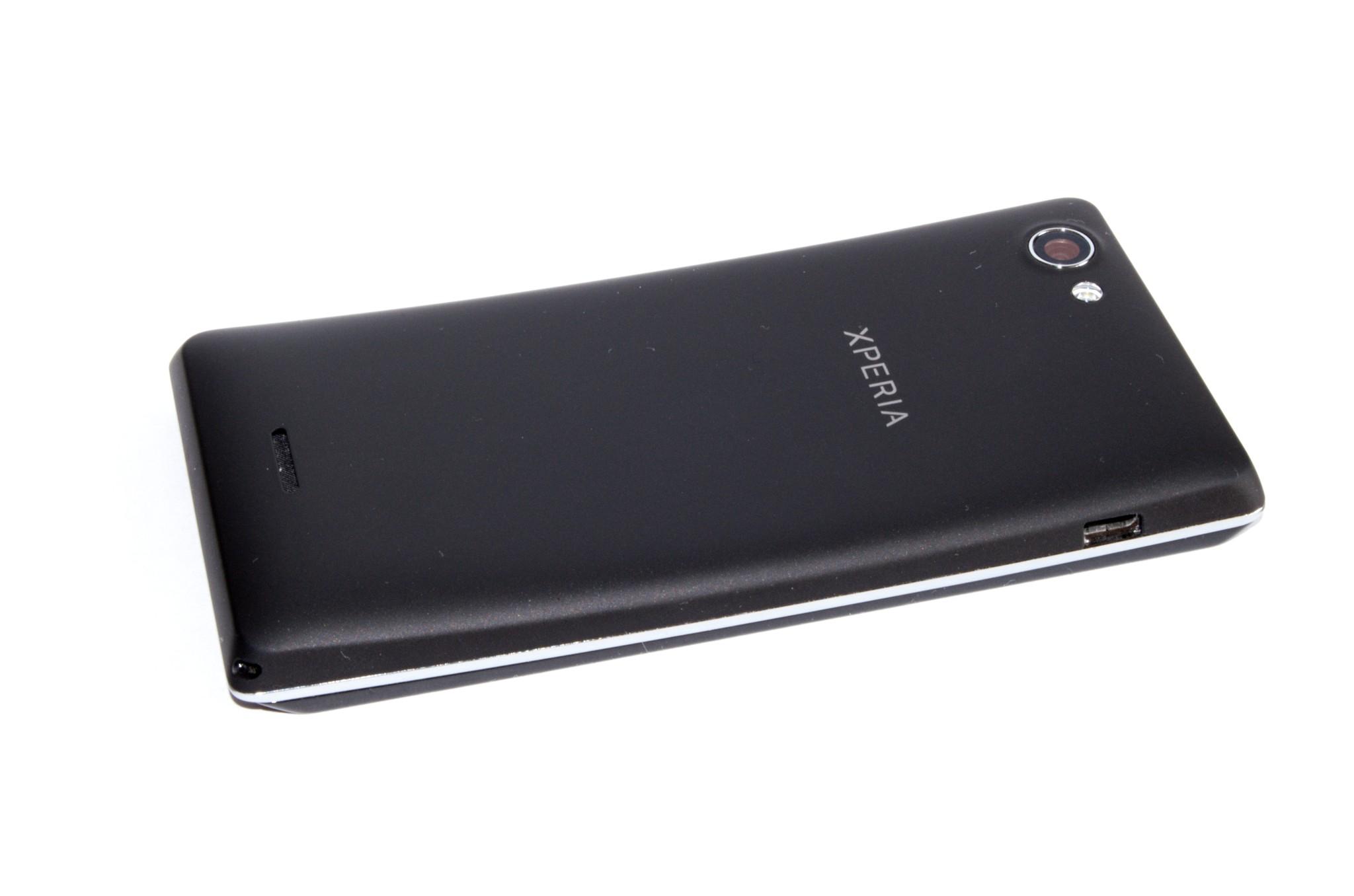 Sony Xperia J – další model do počtu [recenze]