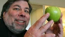 Apple je ve vývoji iPhone poněkud pozadu, říká Steve Wozniak