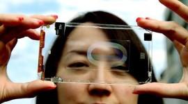 Průhledný smartphone od Polytron Technologies na videu