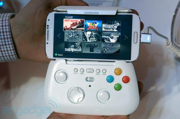 Bezdrátový gamepad pro Galaxy S IV na videu