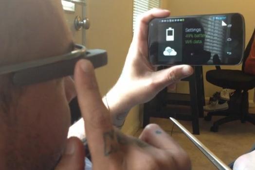 Easter Egg v brýlích Google Glass na videu