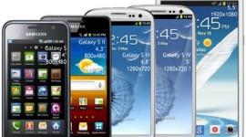 Mobily s více než 5palcovým displejem jsou menšinou