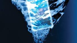Huawei Ascend W2 odolá vodě a prachu