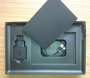 Asus VivoTab ME400C - prodejní balení - příslušenství