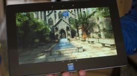Intel se pochlubil referenčním tabletem s Windows 8 a s Androidem