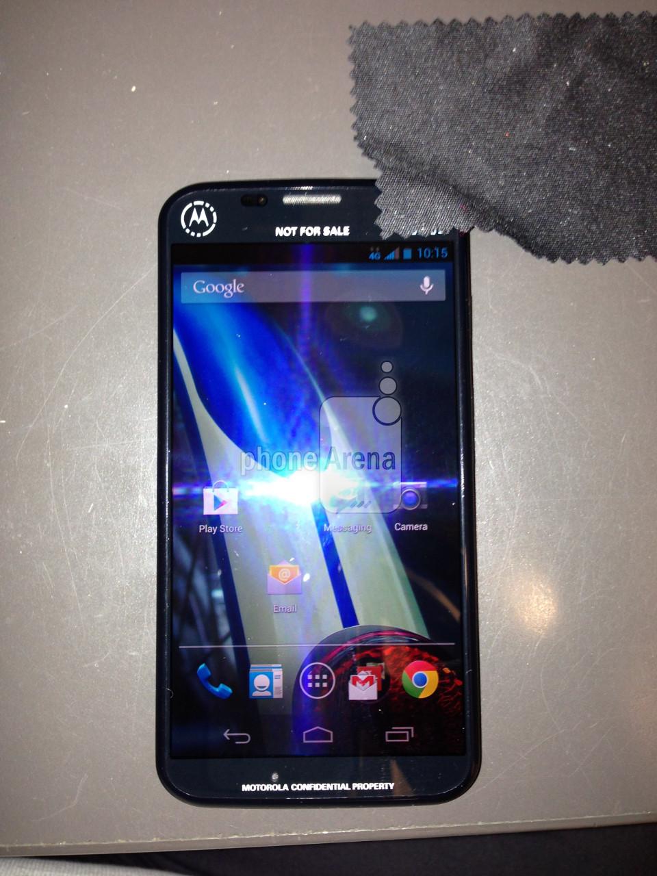 Nový mobil od Motoroly zachycen na kvalitnější fotografii