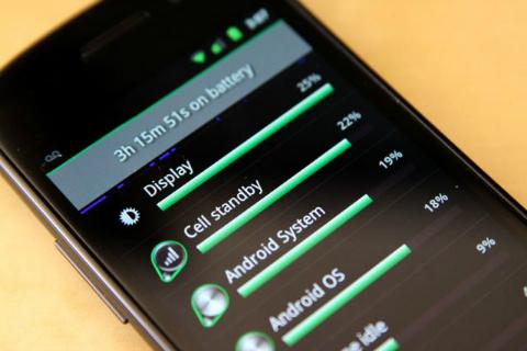 Infografika – smartphone s nejdelší výdrží na jedno nabití je…