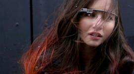 Google podepsal smlouvu s výrobcem obrouček pro Google Glass