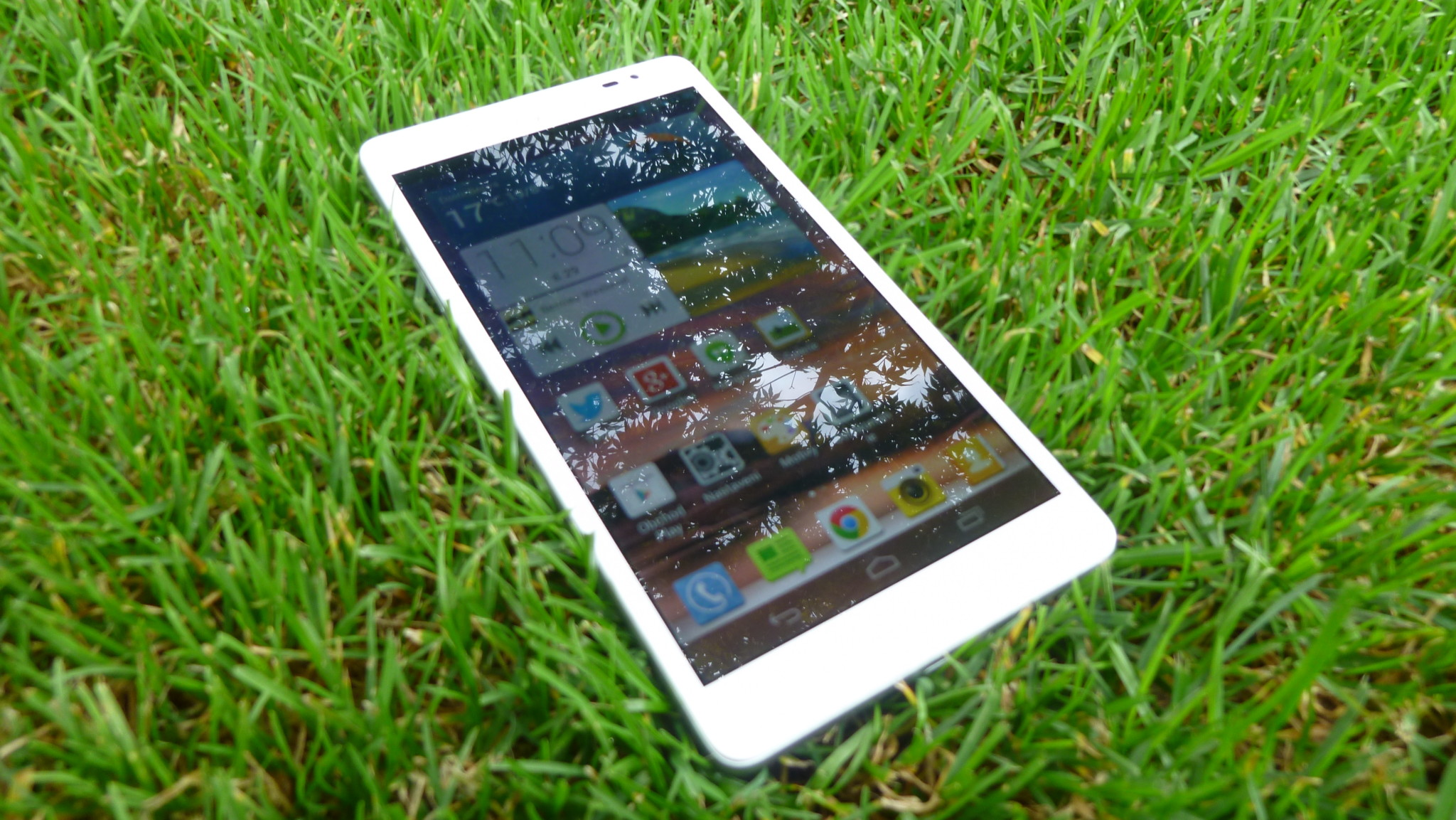 HUAWEI Ascend Mate M1: malý tablet, velký smartphone [recenze]