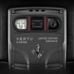 Vertu Ti Ferrari - fotoaparát