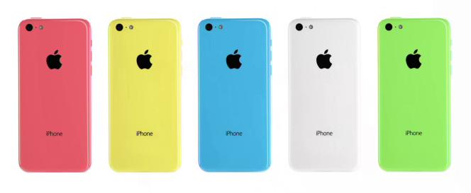 """""""Levný"""" iPhone 5C se stal skutečností"""