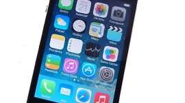 Videopohled iOS 7 na iPhonu 4