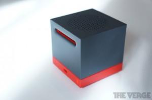 HTC BoomBass - zařízení