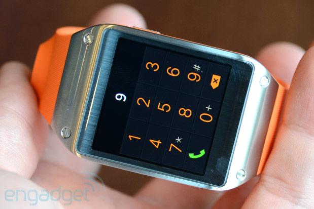 Chytré hodinky Samsung Galaxy Gear s výdrží až 25 hodin [IFA2013]