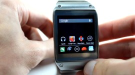 Samsung Galaxy Gear umí spustit i klasické Android aplikace