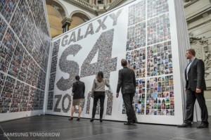 Samsung - S4 Zoom