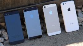 Oficiální zahájení prodeje nových iPhonů v Česku připadá na 25. října