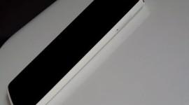 NewBerry Plum V908: Pohledná vlajková loď z Číny