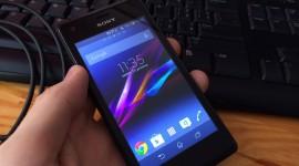 Sony Xperia M – sympaťák do jedné ruky [recenze]