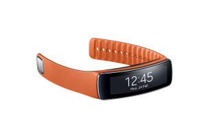 Gear_Fit_Orange_05