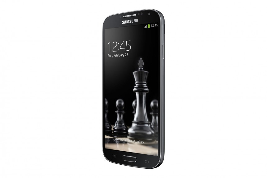 Samsung-Galaxy-S4-Black-Edition-4