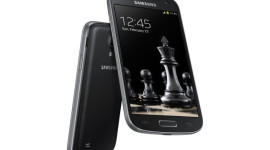 Samsung Galaxy S4 (mini) Black Edition – stejný styl jako Note 3