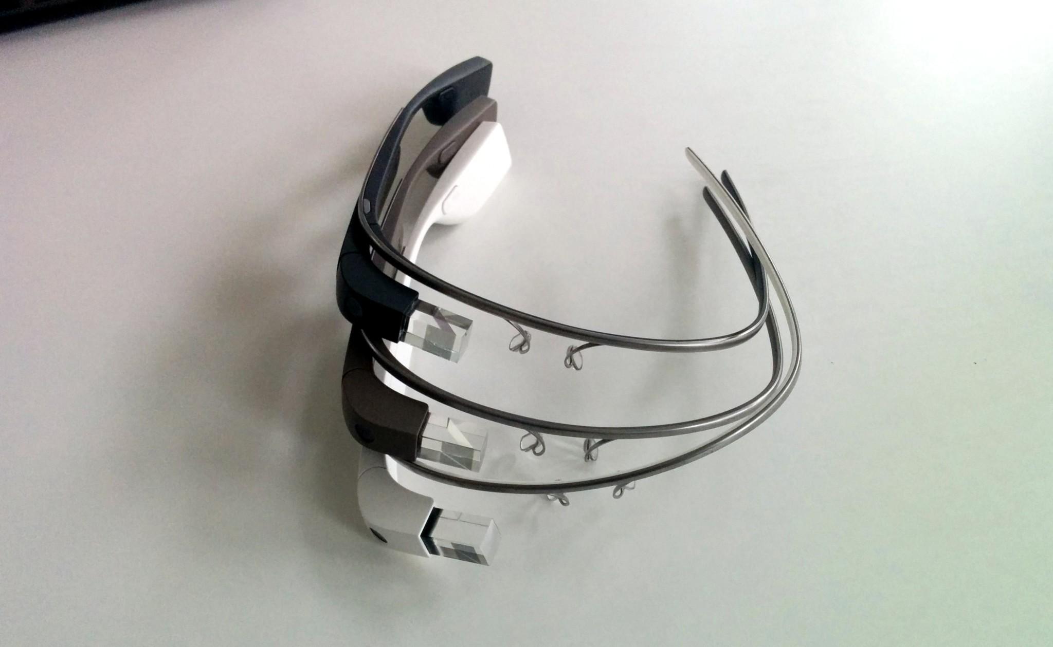 Prahu tento víkend obsadili Google Glass hackeři