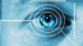 Chytré kontaktní čočky od Googlu – mrkáním ovládneme zařízení [patent]