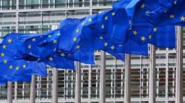 Evropská komise chce standardizovat nabíjecí porty