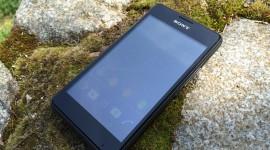 Sony Xperia E1 – malá, ale hlasitá [recenze]