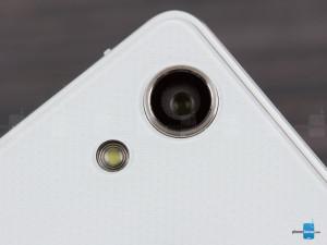 Huawei-Ascend-P7 (6)