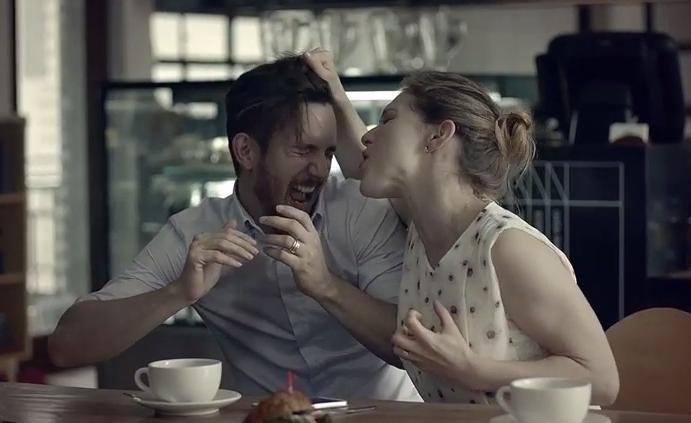 LG KNOCK Code – série humorných reklam