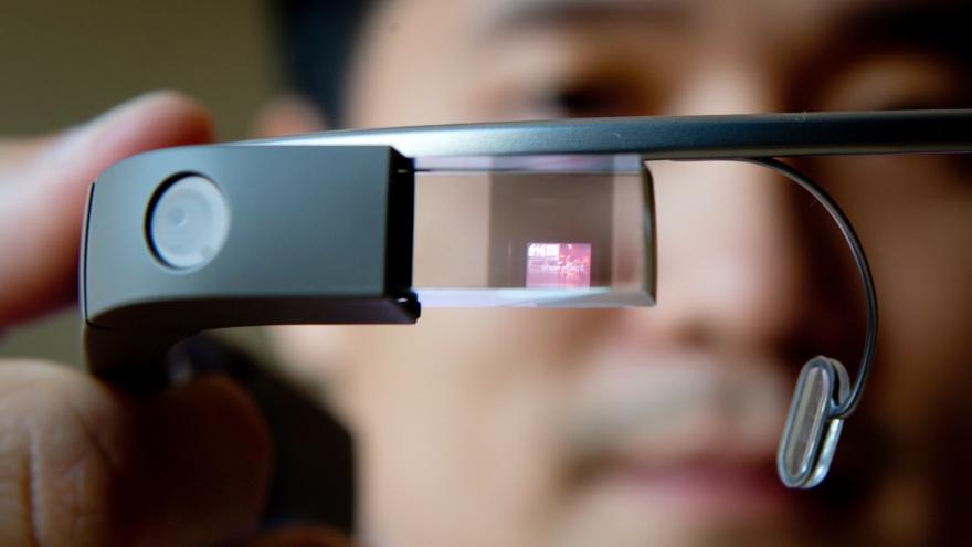 """Google Glass – """"třetí generace"""" oznámena"""