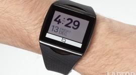 HTC – chytré hodinky se 100mAh baterií [spekulace]