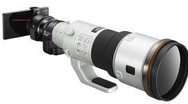 Sony představilo také nové externí objektivy – QX1 a QX30