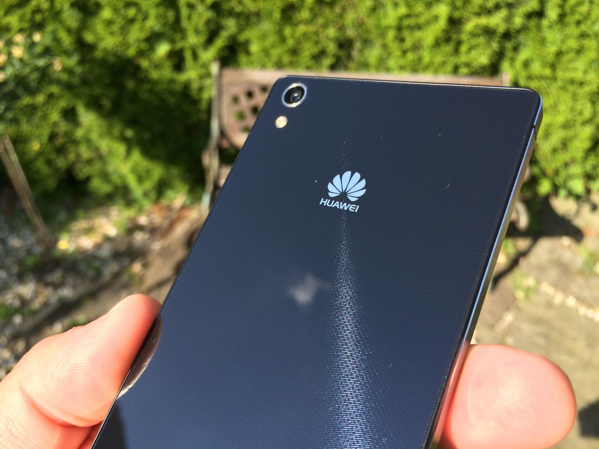 Huawei Ascend P7 – designová slast [recenze]