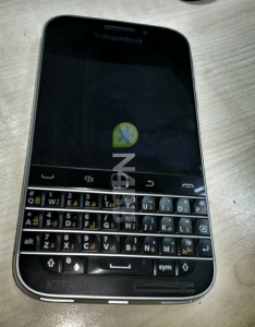 Images-of-the-BlackBerry-Classic (3)