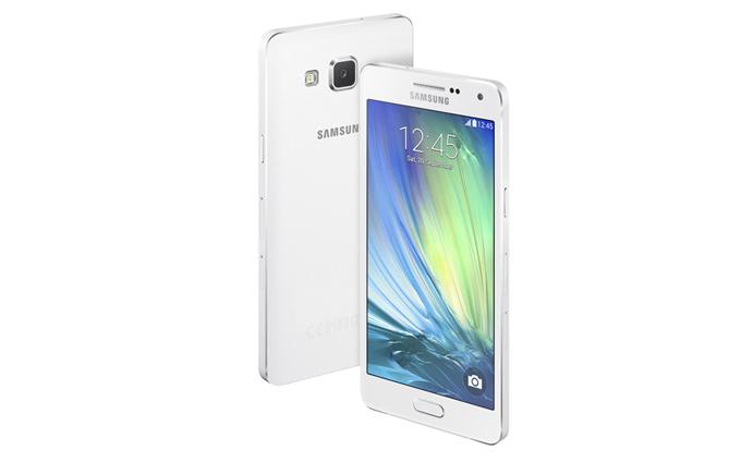 Samsung oficiálně představil Galaxy A3 a A5 [aktualizováno]