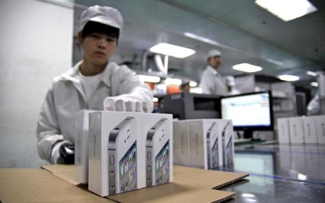 Foxconn investuje do výrobní linky, bude jen pro Apple