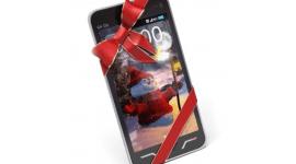 [Vánoce 2014] Za málo peněz hodně muziky – 5 tipů na smartphony kolem 4 000 Kč