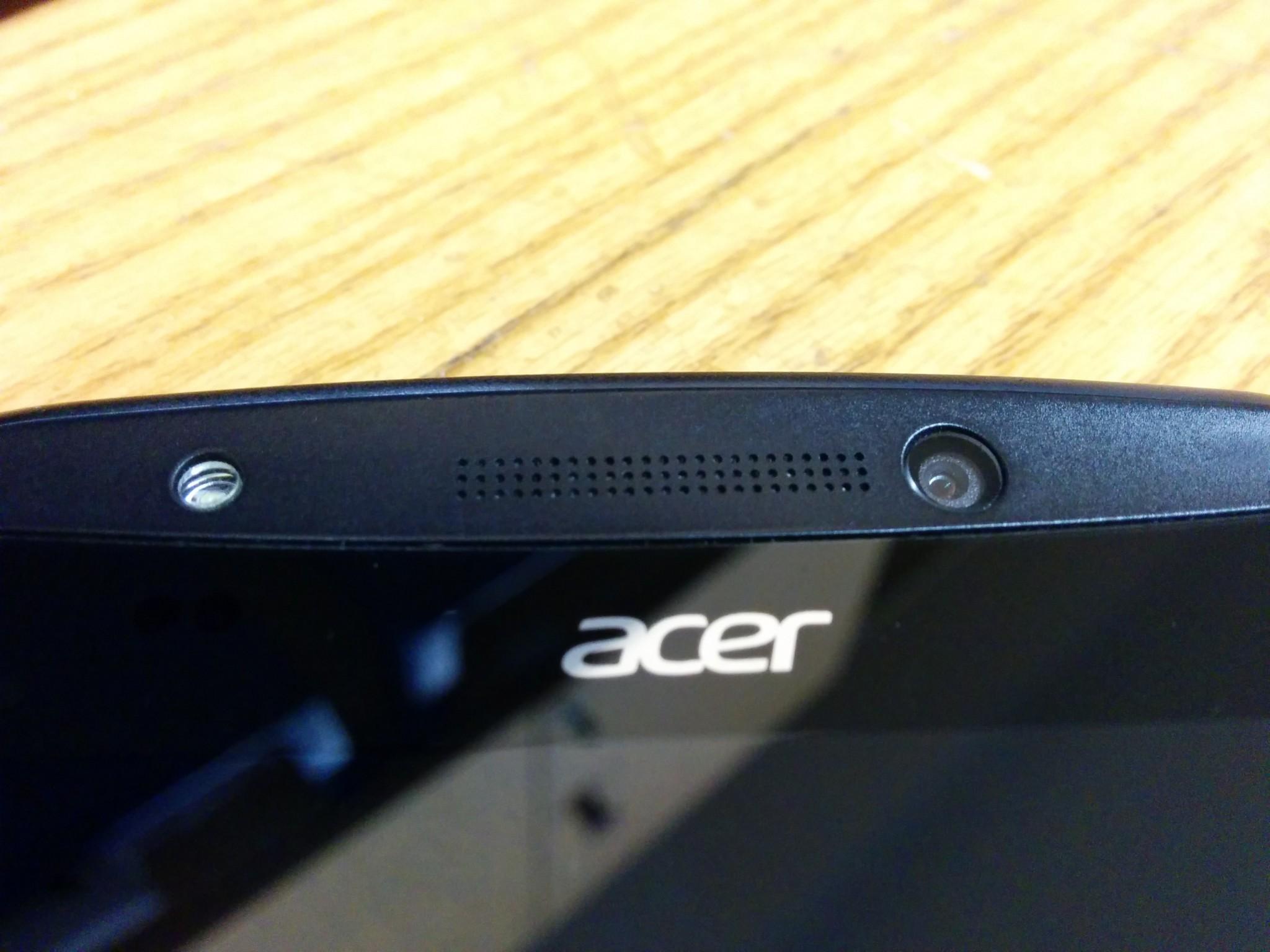 Acer Liquid E700 – 3 SIM karty a dlouhá výdrž [recenze]