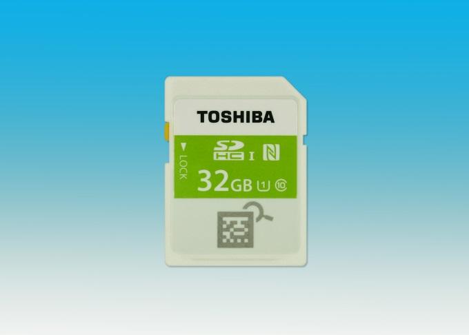 Toshiba představila SDHC karty se zabudovaným NFC